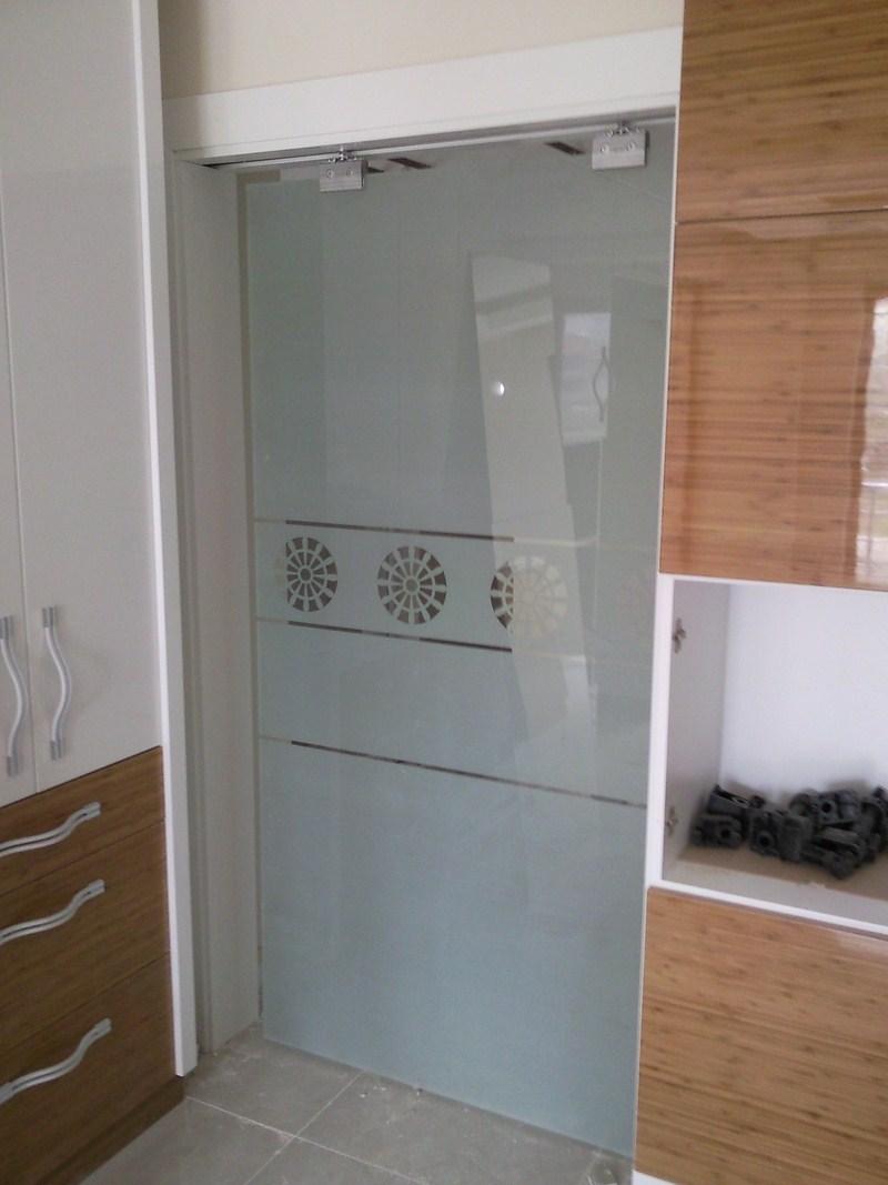 sürgülü mutfak kapısı