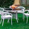 beyaz bahçe masası
