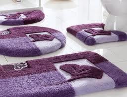 mor banyo halıları
