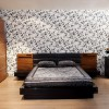 ahşap akrilik yatak odası