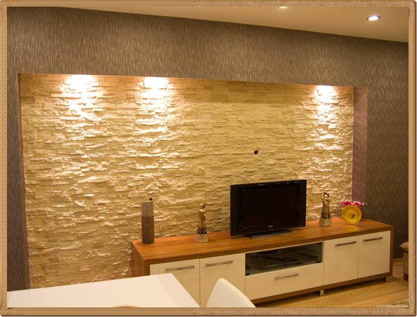 Televizyon Arkası Beyaz Taş Duvar Kaplama Örneği