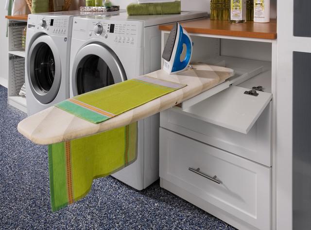 Banyo dolabı ütü masası modeli