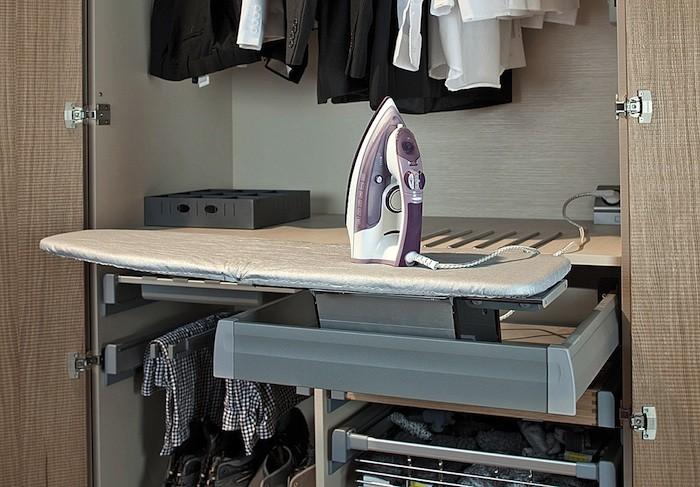 Dolap içi ütü masası modeli