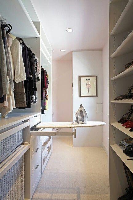 Giyim odaları ütü masası tasarımı