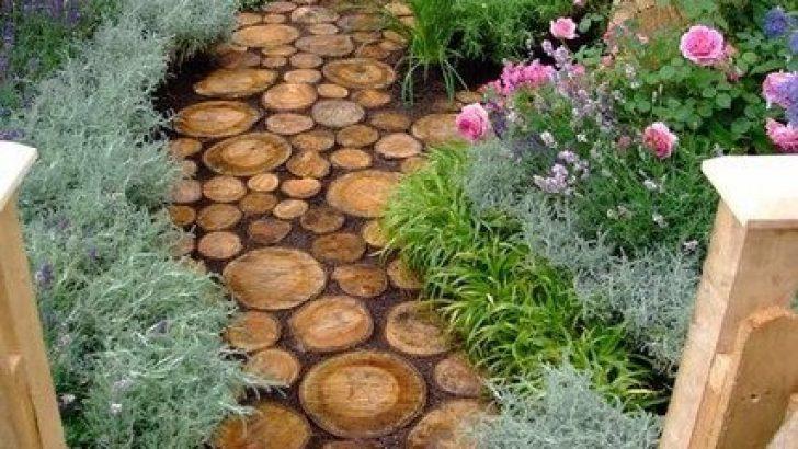 Yaz Aylarında Bahçe Dekoru